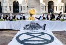 Extinction Rebellion si attiva contro la finanza tossica